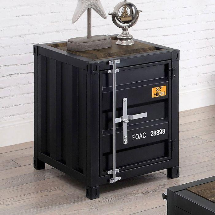 Dicargo End Table