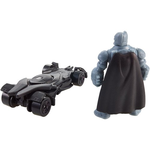 Hot Wheels Batman v Superman: Dawn of Justice Armored Batman Mini Figure and Batmobile 12C-766-DJH27