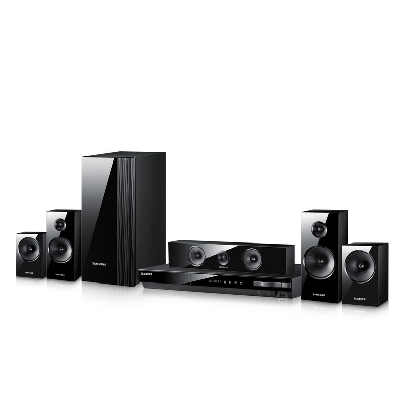 Samsung HTE5500 3D/ 5.1 CH/ 1000W/ Home Theater System 30D-863-HTE5500